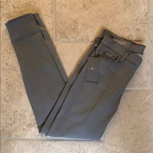 Brand new 7 jeans!